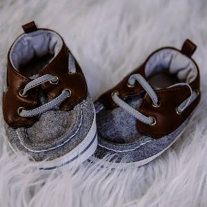 Carter's Soft Sole Baby Shoes | Size 6-9 months